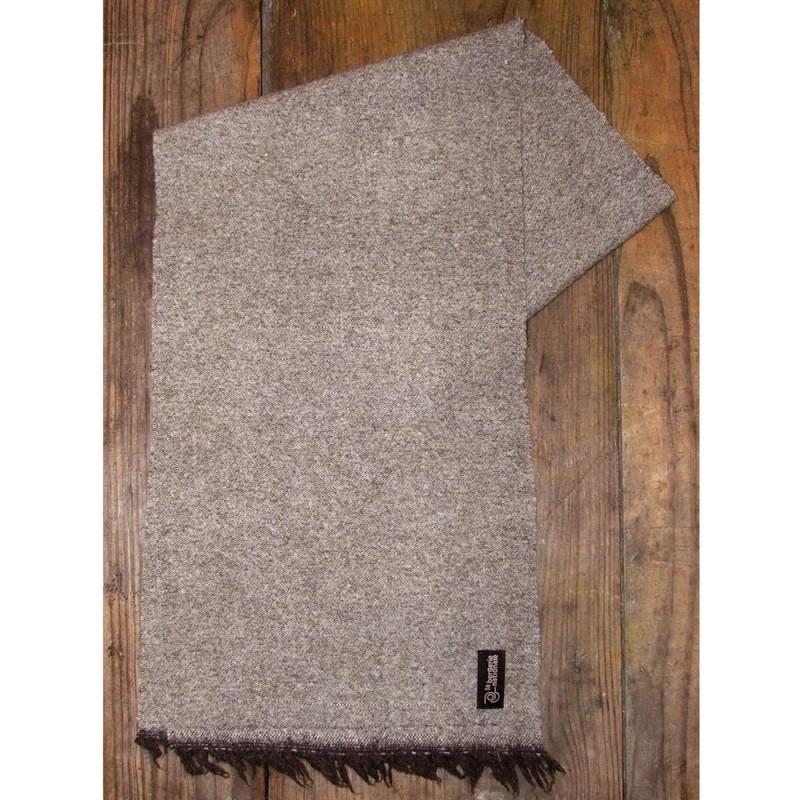 Echarpe en laine merinos bonnet et echarpe en laine   Rlobato 0c3ce505f64