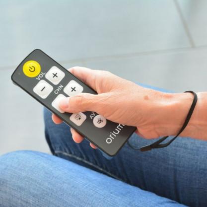 Télécommande universelle simples à grosses touches en situation
