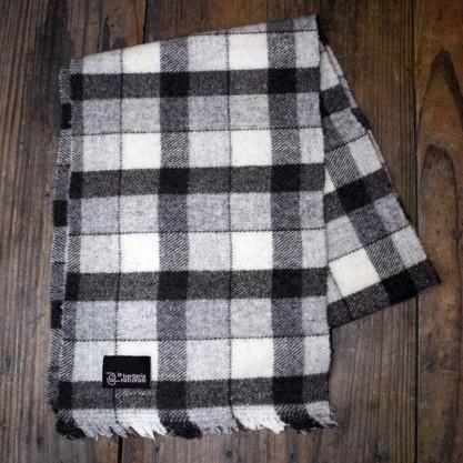 Echarpe pure laine de Mérinos à carreaux